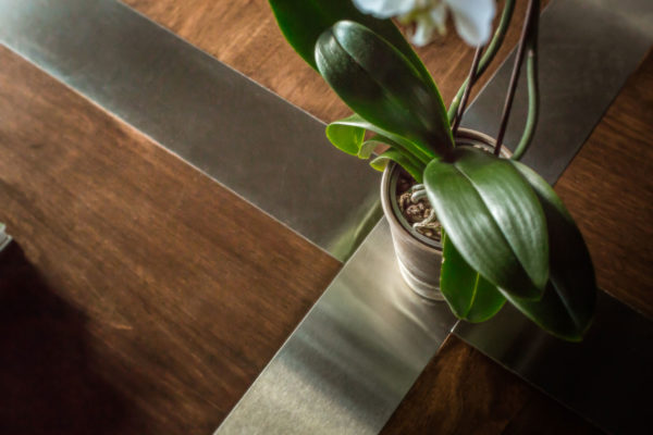 ontario-design-table-detail