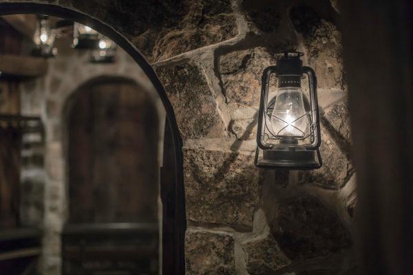 ontario-design-wine-cellar-detail