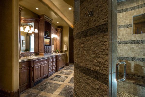 ontario-design-williams-master-bath