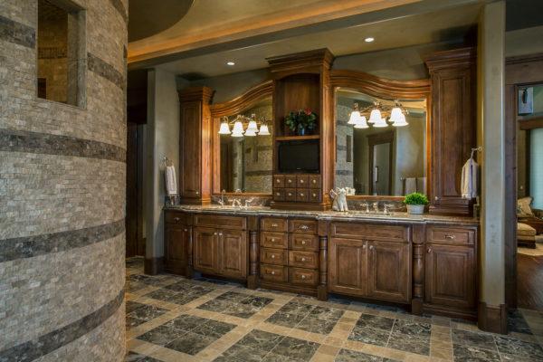 ontario-design-williams-master-bathroom
